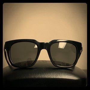 HC8240 550187 coach Sunglasses